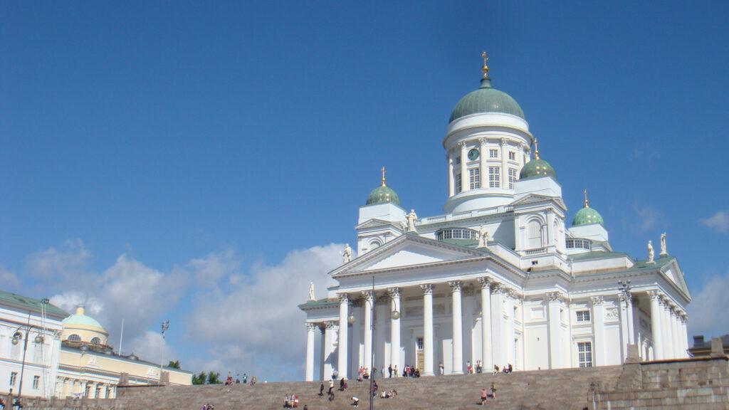 Mit dem Motorrad zum Nordkapp - Die weiße Kirche in Helsinki