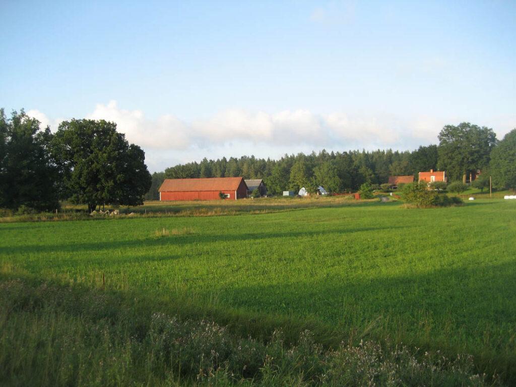 Die Landschaften in Süd-Schweden sind grün und ruhig.